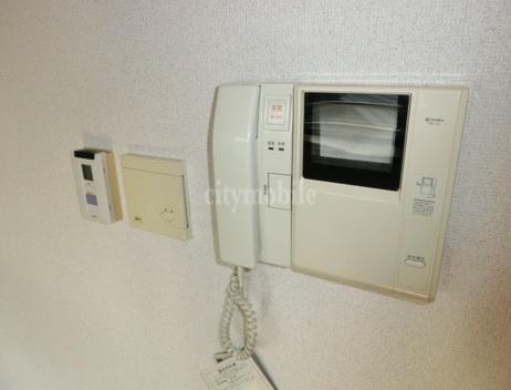 クレール・赤塚>モニター付インターフォン