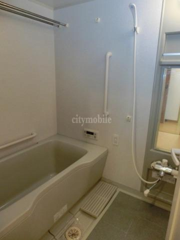リバーサイド・ヴィラ>浴室
