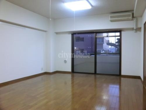 エイトハウスⅢ>洋室