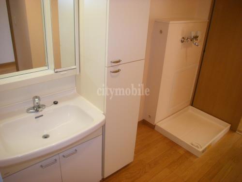 プロムナード矢部>洗面所・室内洗濯機置き場