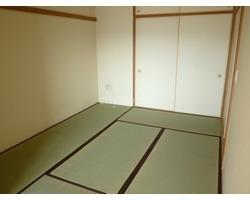 レーベンスガルテン山崎>和室