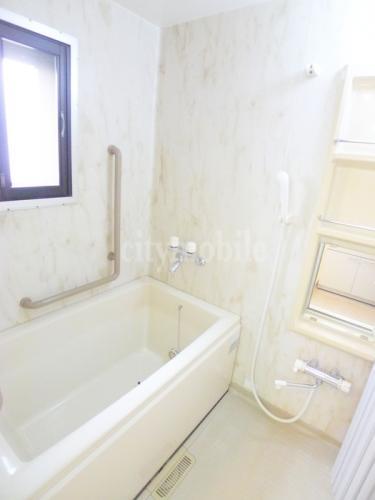 リバーグレース>浴室