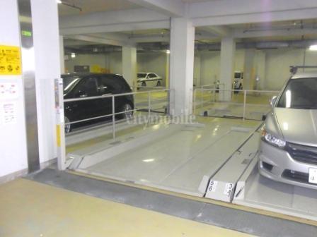 トミンハイム桂坂>駐車場