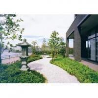ベルタワー>庭