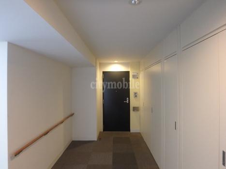 西国分寺ライフタワー>廊下