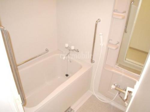 パーシモンフィールド>浴室