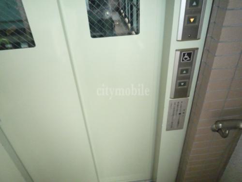 ウィング20>エレベーター