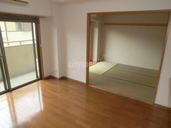 フルールヤマタ>洋室
