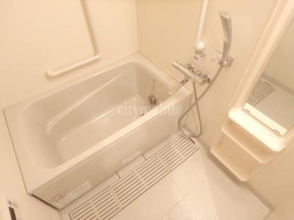 アルテ―ヌ新横浜>浴室