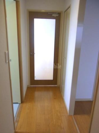 りせ・せきぐち>廊下