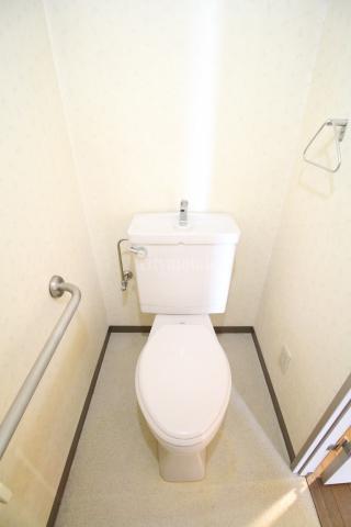 ファミールコジマ>トイレ