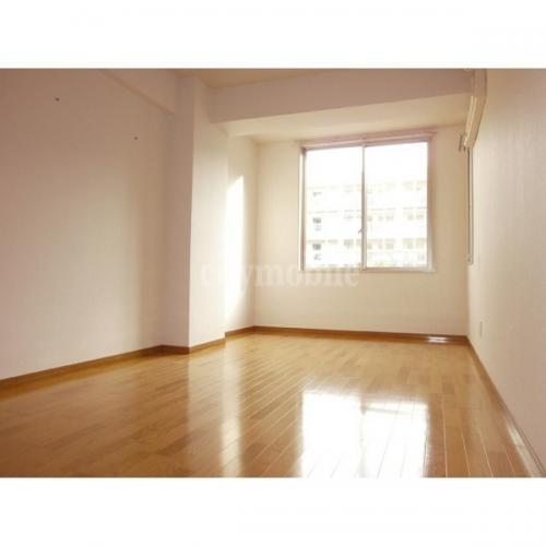 パティオス13番街>洋室