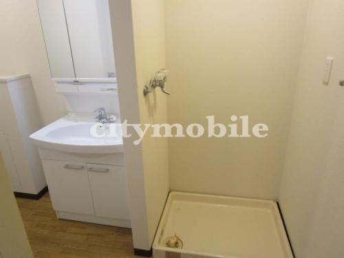 グリーンヒル八王子南>室内洗濯機置場