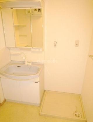 パーシモンフィールド>室内洗濯機置き場