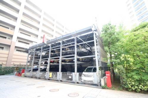 ロイヤルパークス豊洲>駐車場