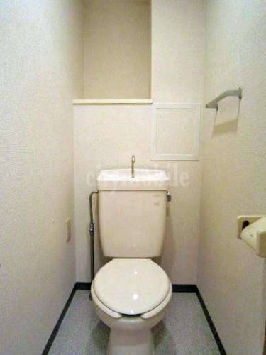 多摩ニュータウン 南大沢絹の道一番街>トイレ