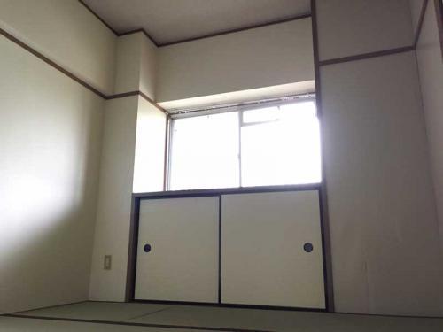 春江町椿住宅>和室