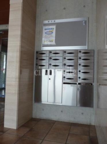 都民住宅 蓮華>メールボックス