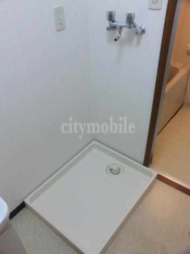 エイトハウスⅢ>室内洗濯機置き場