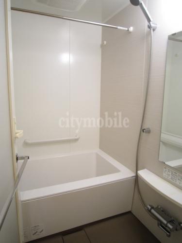 ロイヤルパークスシーサー>浴室