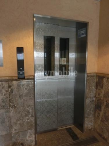 シティライツ>エレベーター