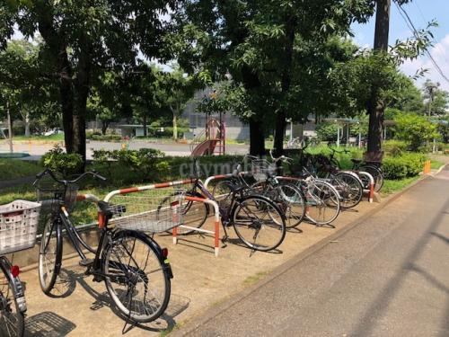 竹の塚第二団地>駐輪場