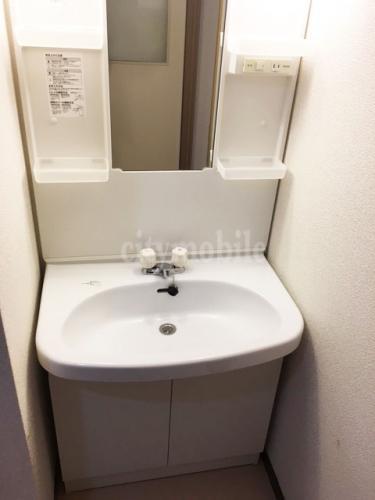トミンタワー台場三番街>洗面台