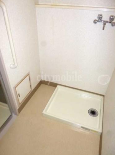 第二ミツルマンション>室内洗濯機置き場