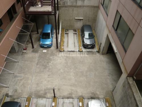 クリザンテム市が尾>駐車場