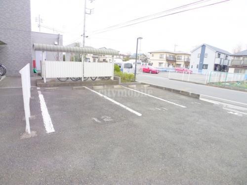 パークコート>駐車場
