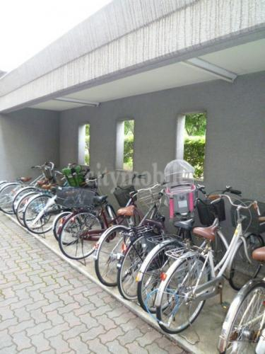 ファミーユ葛西>自転車置場
