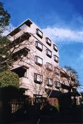 シルヴァンストリーム>建物外観