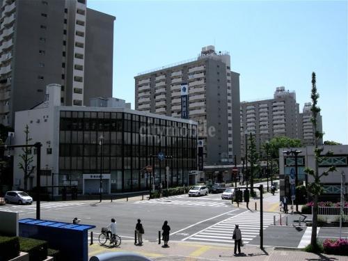 本郷台駅前団地>外観