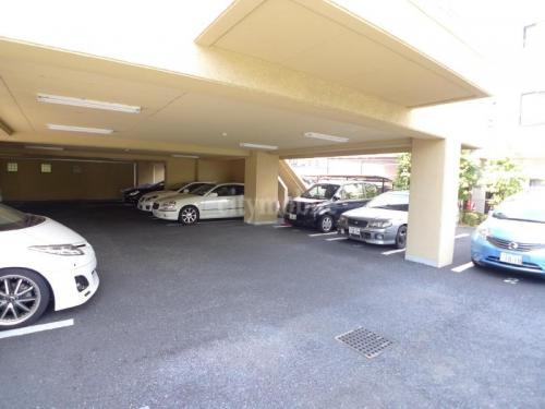 カーサ・ドルチェ>駐車場