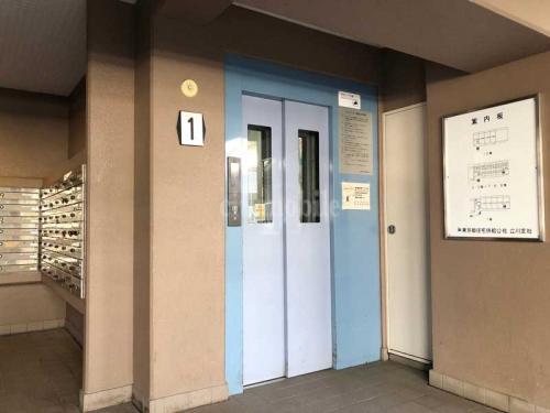 トミンハイム国分寺泉町>エレベーター