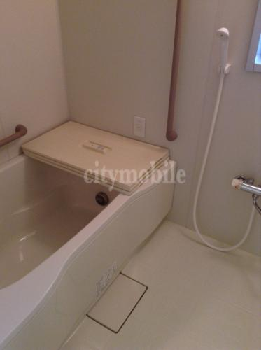 多摩平の森>浴室