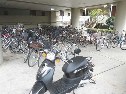 シャトーサンハイム>駐輪場