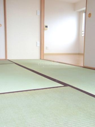 りせ・せきぐち>和室