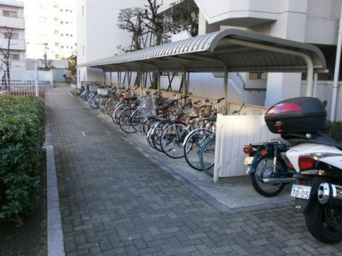 トミンハイム薬王寺>バイク置き場