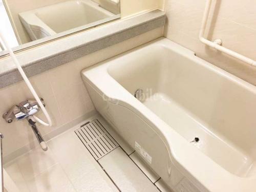 ブリリアントヨス>浴室