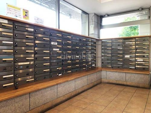 大谷田一丁目団地>メールボックス
