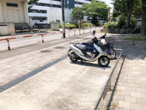 リバーサイド桜木>バイク置き場