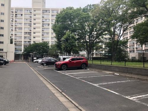 日の出町団地>駐車場