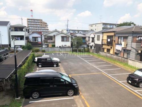 コーポレート竹の塚五丁目>駐車場