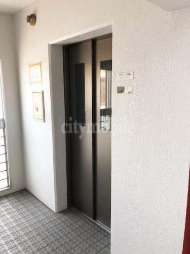 リバーサイド桜木>エレベーター