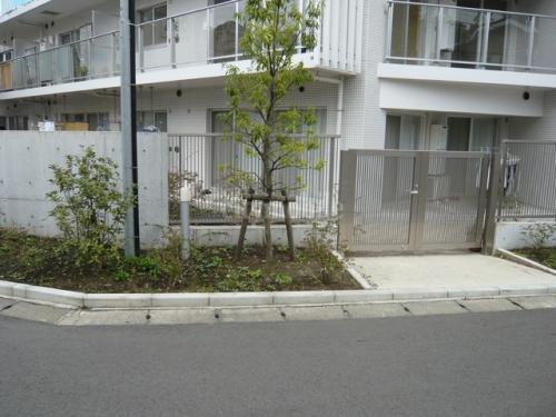 ベルジュ横濱本郷台>外観