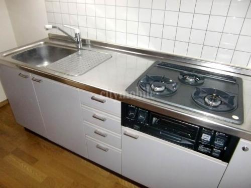 ベラモンタ―ナ>キッチン