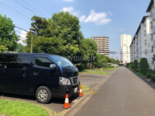 竹の塚第一団地>駐車場