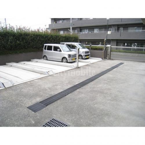 ヴェルドミール玉川>駐車場