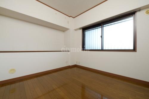 フォアフロント上北沢>洋室